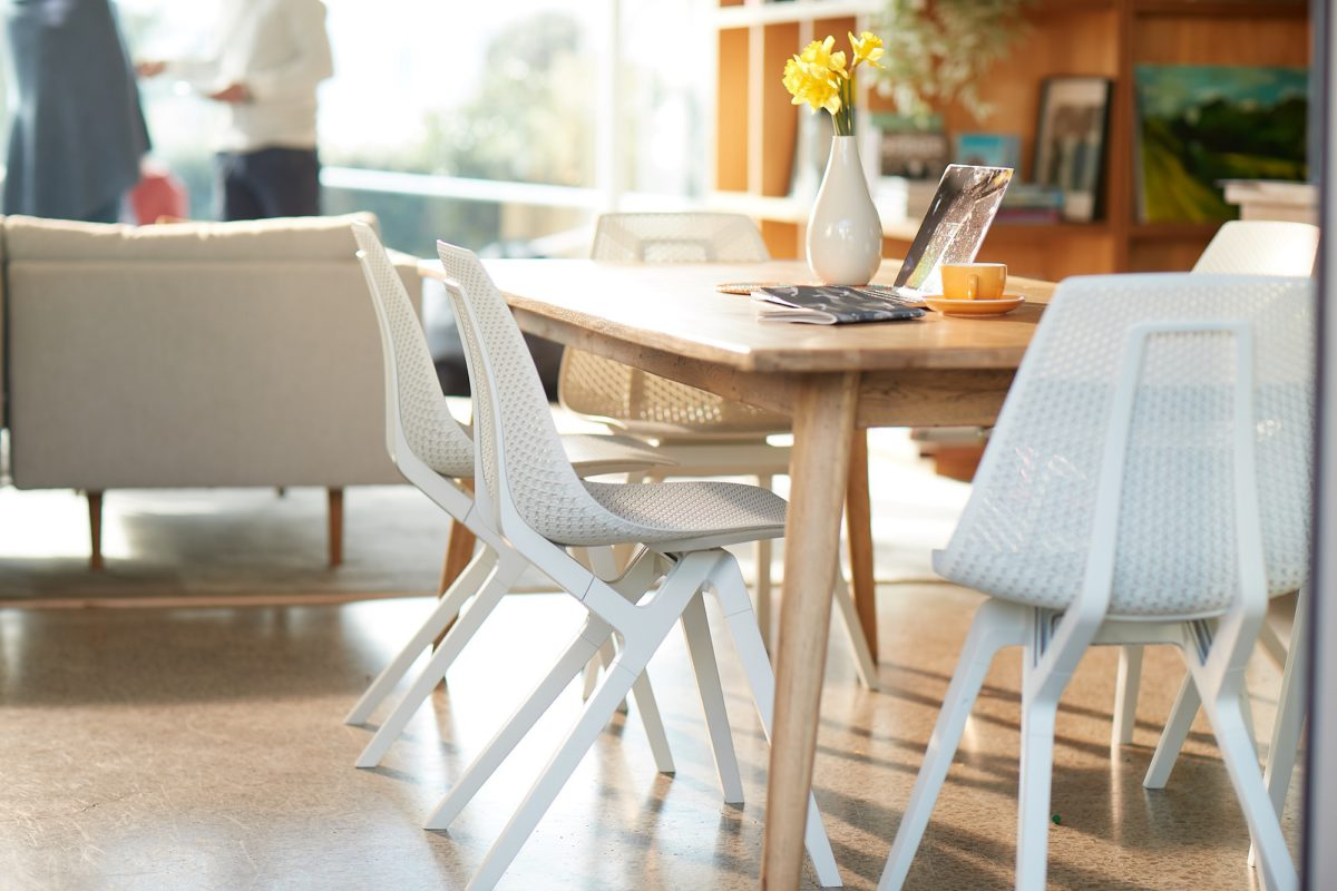 noho chair in ECONYL® for Dining