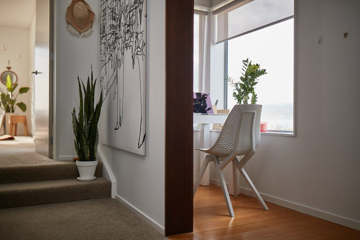 noho chair in ECONYL® for Office